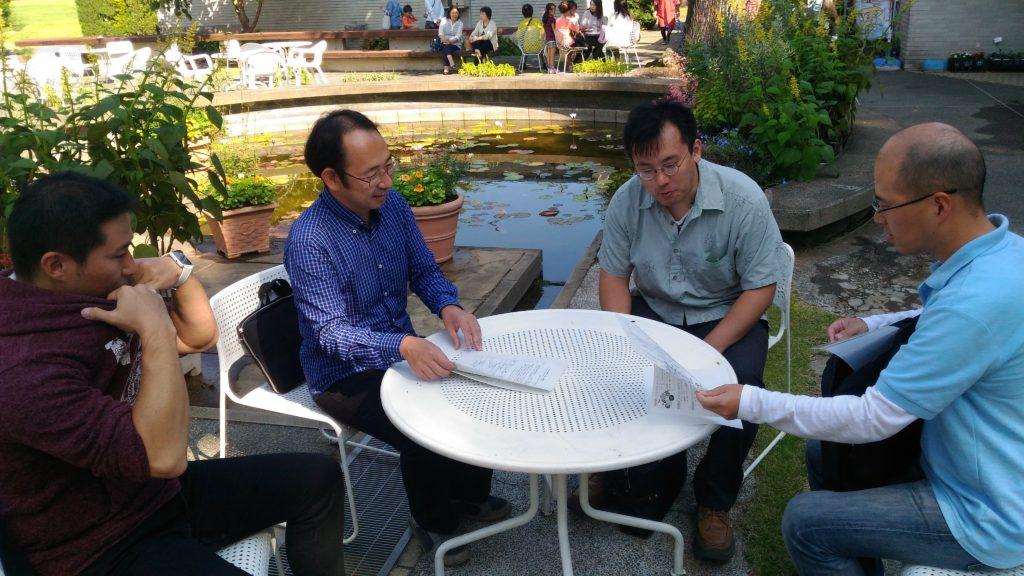 イベント前、リーダー三浦さんと水戸市情報政策課、北條課長、佐藤さん、安藏さんで作戦会議